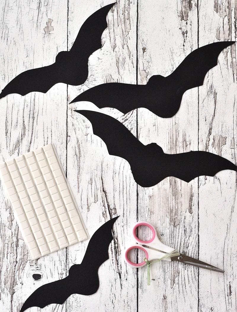 Fledermäuse aus Papier ausschneiden