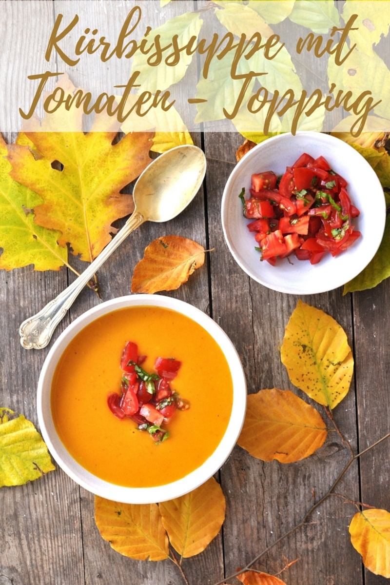 Kürbis-Suppe mit Tomaten Topping
