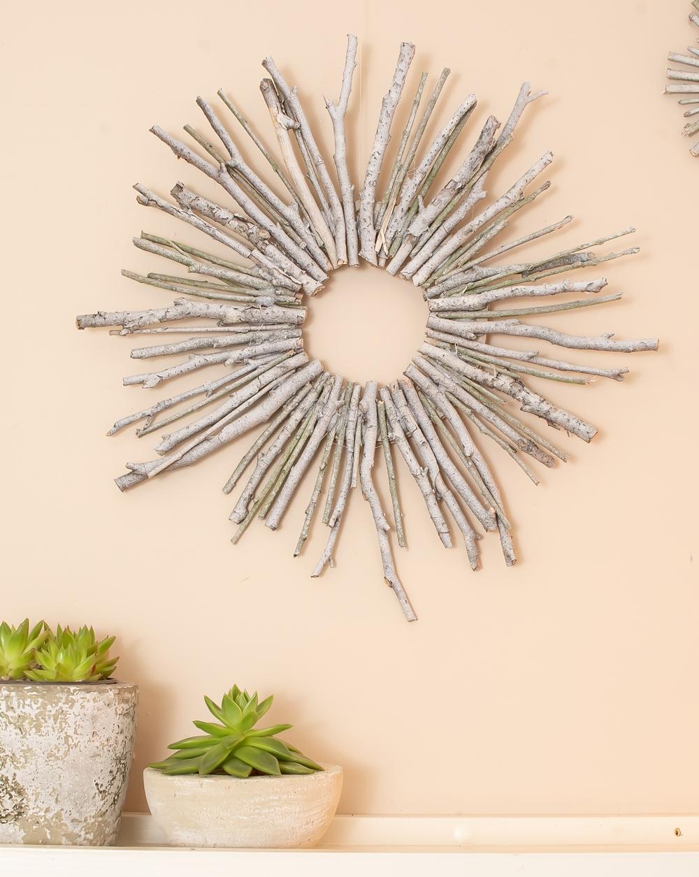 Wand-Deko aus Zweigen DIY