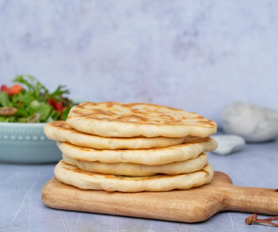 Veganes Naan Brot aus der Pfanne