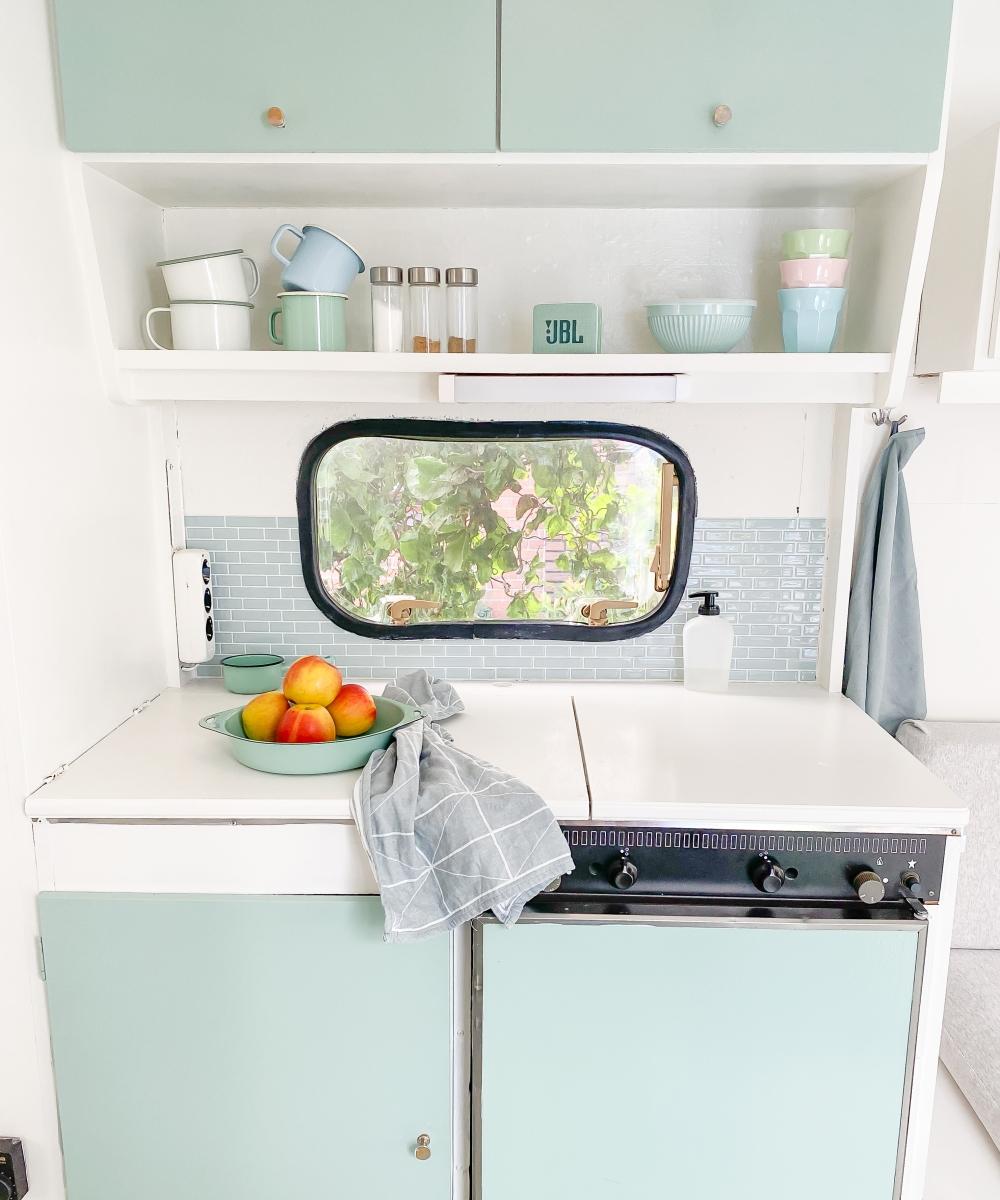 Wohnwagen renovieren Küche