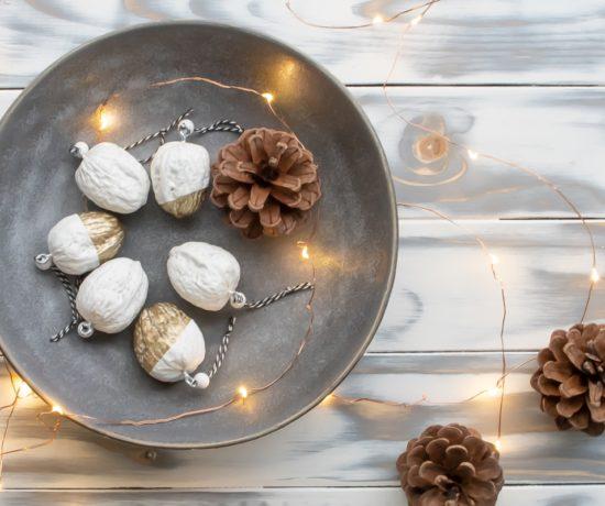 DIY Weihnachtsdeko aus Nüssen