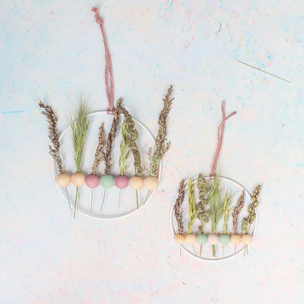 DIY Wanddeko mit Gräsern